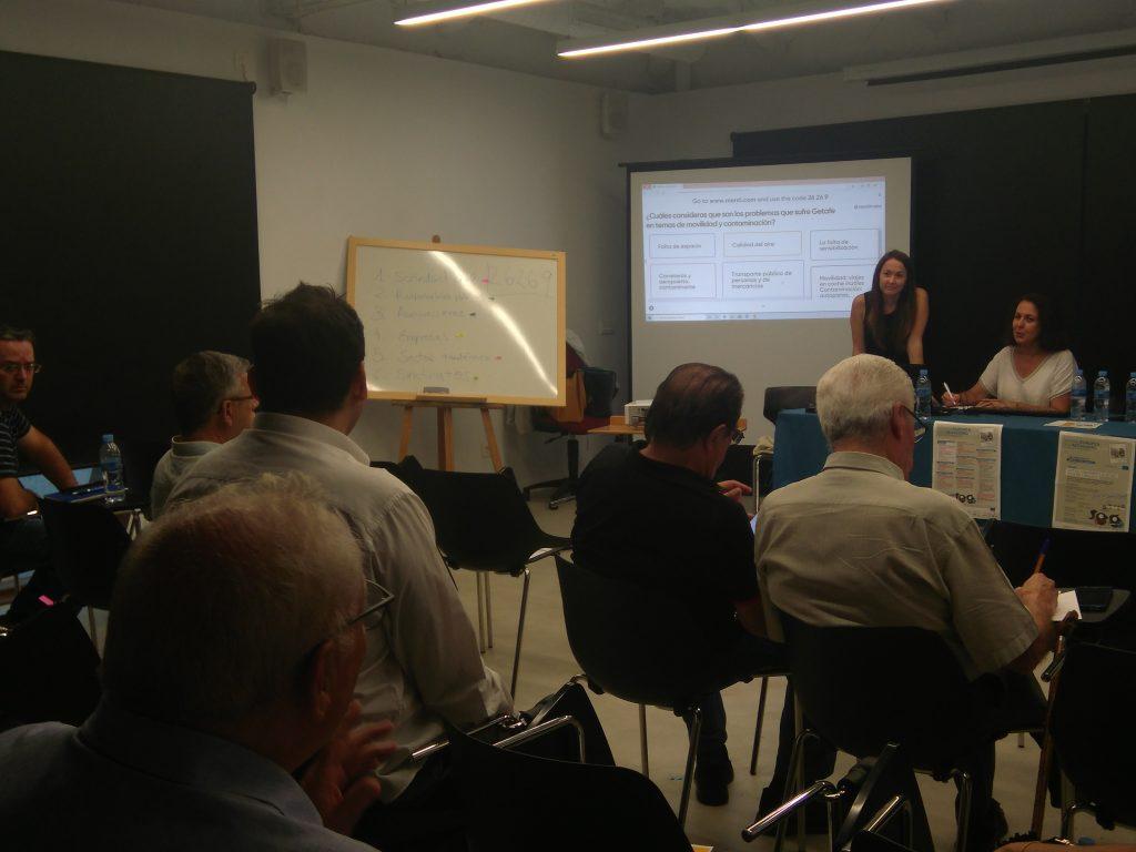 María Luisa Lascurain y Núria Bautista Puig: Profesora y doctoranda del Departamento de Biblioteconomía y Documentación (UC3M ) y miembros delInstitutoINAECU.